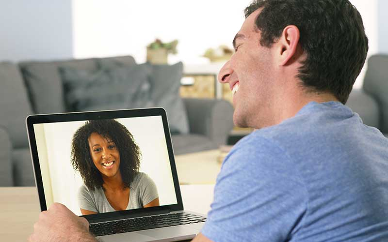 11 Ways to Survive a Long Distance Relationship in Grad School & Beyond